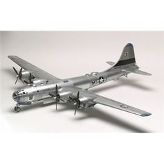 Plastic Model Kits, Plastic Models, Kids Helmets, Model Building Kits, Hobby Photography, Instructional Design, Model Airplanes, Military Aircraft, Scale Models