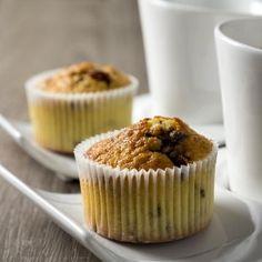 Cette recette pour des muffins intenses, sans grumeaux, extrêmement bons avec quand l'on croque dedans un coulis de nutella qui en sort ....