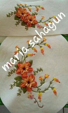 Ribbon Art, Lace Ribbon, Silk Ribbon Embroidery, Embroidery Stitches Tutorial, Embroidery Patterns, Machine Embroidery, Fabric Flowers, Paper Flowers, Ribbon Projects