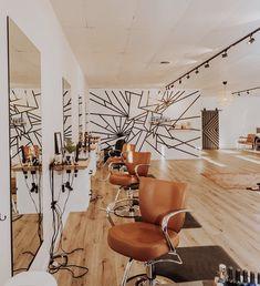 holes in the counter Home Hair Salons, Hair Salon Interior, Nail Salon Decor, Beauty Salon Decor, Beauty Salon Design, Salon Interior Design, Home Salon, Salon Furniture, Kid Furniture