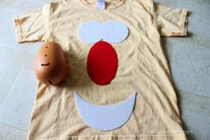 DIY No-Sew Mr. Potato Head Costume for Kids and Adults Halloween 2019, Halloween Ideas, Diy Costumes, Costume Ideas, Mr Potato Head Costume, Woody Costume, Diy Adult, Potato Heads, Cracker