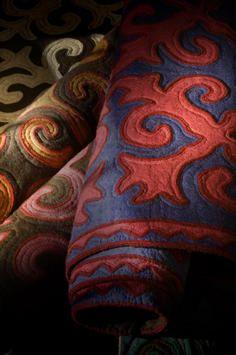 Courtesy L'Aviva Home           Every felt shyrdak rug tells one Kyrgyz clan's unique history