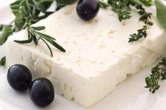 Zdravý domácí balkánský sýr
