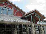 The LeConte Center exudes mountain lodge ambiance!