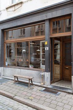 Via cafe exterior, building exterior, cafe concept, antwer Cafe Exterior, Restaurant Exterior, Building Exterior, Restaurant Design, Grey Exterior, Cafe Shop, Cafe Bar, Cafe Bistro, Design Hotel