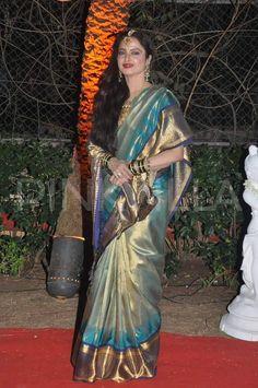 Rekha graces Ahana Deol's Wedding Reception | PINKVILLA