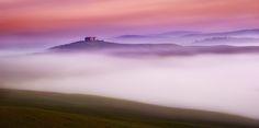by Johann Von Stritzinger Canon Eos, Be Exalted, Felder, Tuscany Italy, Toscana, Beautiful Sunset, Places To Travel, Sunrise, Skyline