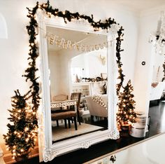 Cozy Christmas Bedroom Decor Ideas for the Holidays Christmas Time Is Here, Christmas Mood, Merry Little Christmas, Noel Christmas, Christmas Gifts, Xmas, Christmas Cookies, Silver Christmas Decorations, Holiday Decor