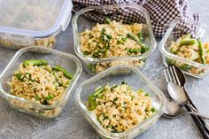 We figured out a way to power through those midday meetings — meal prepping this Fried Rice With Spring Veggies meal Vegetarian Recipes, Cooking Recipes, Healthy Recipes, Yummy Recipes, Cooking Tips, Yummy Food, Veggie Appetizers, Farmers Market Recipes, Organic Eggs