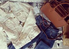 Hootsuite Personal Shopping, Must Haves, Chloe, Shoulder Bag, Fashion, Moda, Fashion Styles, Shoulder Bags, Fashion Illustrations