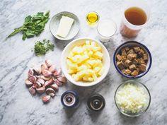 Krásně krémová polévka, kterou si zamilují nejen milovníci česneku.