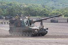 99式155㎜自走榴弾砲(特科教導隊)