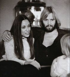 Obviously Anjelina Jolie got her beauty from her Mama and her acting chops from her Papa, Love Jon Voight on Ray Donovan