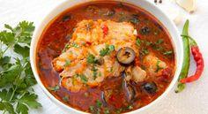 Ciorba de crap cu masline Crap, Lidl, Pesto, Seafood, Supe, Spaghetti, Food And Drink, Cooking Recipes, Ethnic Recipes
