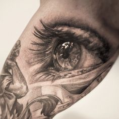 3D eye tattoo on arm