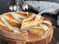how to eat italian food Italian Pastries, Italian Desserts, Italian Recipes, Pastiera Recipe, Pandan Cake, Easter Dishes, Easter Pie, Ricotta, Xmas Food