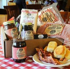 Biscuits and preserves at the Loveless Cafe - www.lovelesscafe.com