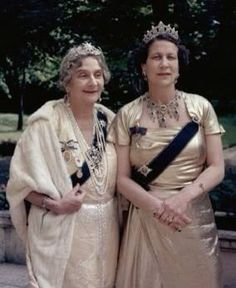 Princess Marie Bonaparte of Greece, wearing a star centre piece with her olive wreath tiara, with her daughter, Princess Eugenie, who wears a diamond tiara of open-work honeysuckle motifs ontop of a band of Greek Key motifs. Royal Crown Jewels, Royal Crowns, Royal Tiaras, Royal Jewelry, Jewellery, Greek Royalty, French Royalty, English Royalty, Marie Bonaparte