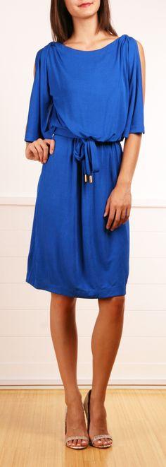 cobalt blue boat neck dress & I love the shoes! Blue Fashion, Work Fashion, Fashion Outfits, Womens Fashion, Cute Dresses, Beautiful Dresses, Cute Outfits, Cobalt Dress, Casual