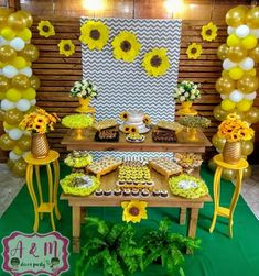 Gorgeous Spring Wedding Ideas to Get Inspired By – DIY Paper Sunflowers Sunflower Party Themes, Sunflower Birthday Parties, 18th Birthday Party, Birthday Party Decorations, Paper Sunflowers, Sunflower Baby Showers, Sunshine Birthday, Bee Party, Baby Shower Themes