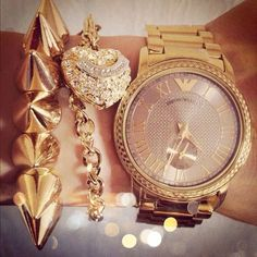 Hhhmmm, maybe.... Not that spiky thing though, lol. #anythingflow Arm candy