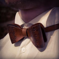 Leather bow tie, leather accessories, wedding bow tie, groom bow tie, leather suit tie, mens bow tie, gift for him, mens leather, bowtie by MoonshineLeather on Etsy https://www.etsy.com/listing/488201357/leather-bow-tie-leather-accessories