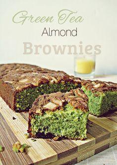 Dapur Vanilla: Green Tea Almond Brownies