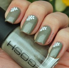 GOSH Nail Lacquer, 604 Fossil Grey + flower stickers