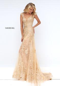 okay I'm in love I need this (Sherri Hill 50176)