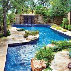 Would look great in a country setting. A spa at the end or off to the side would be nice.