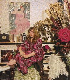 sandy denny at home, 1971