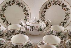42 Piece Wedgwood Tea Set Teapot & 12 Trios