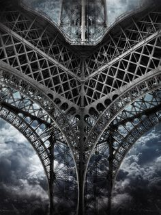 (via Fotoblur - Tour Eiffel | Paris [Sky cut N°422] France by Andrea Costantini)