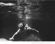8 Tips for Taking Amazing Underwater Photos with Your Phone by Mandy Blake for iHeartFaces.com