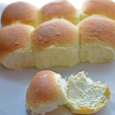 Looking for a homemade roll recipe that is easy enough to make for the holidays? This recipe is loved by all and has never failed in the 5+ years I've been making it! Homemade Yeast Rolls or Bread Recipe