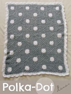 Lanas de Ana: Polka-Dot Blanket Effen grannys en circles in a square, aan elkaar genaaid met whip stitch-methode back loops only. ༺✿ƬⱤღ  https://www.pinterest.com/teretegui/✿༻