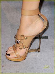 Blake Lively's shoe, dopeness