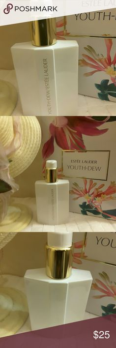 "ESTEE LAUDER  ""YOUTH DEW"" Body Lotion 3.12oz This is a BRAND NEW ESTEE LAUDER  ""YOUTH DEW"" BODY SATINEE LOTION IN A 3.12 Oz. This item does not come in a box. Estee Lauder Makeup"