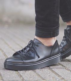 Dr. Martens Dante | Mens casual shoes