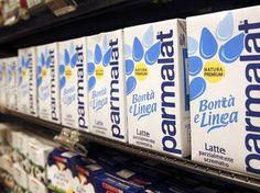 Una serie de cartones de leche Parmalat en un supermercado de Roma, abr 1 2011. El directorio del grupo italiano de lácteos Parmalat decidió...