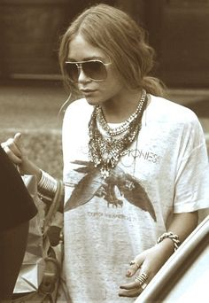 love the shirt and arm/hand jewelry. not crazy about wearing all the necklaces at once though