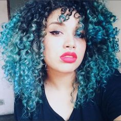 Ca Martins 😍💙 Ombre Curly Hair, Colored Curly Hair, Blue Hair, Dyed Hair, Curly Hair Styles, Natural Hair Styles, 4c Hair, Thin Hair, Straight Hair
