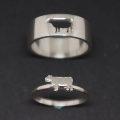 Cow Couple Set Promise Ring – Cow Jewelry, Heifer His and Her Calf Ring, Alternative Matching Ring, Animal Jewelry, Cow Lovers Gift – Rings Photo Jewelry, Cute Jewelry, Jewelry Rings, Jewlery, Geek Jewelry, Metal Jewelry, Shark Jewelry, Animal Jewelry, Animal Rings