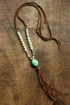 Boho, beaded necklace with camel tassel and green stone pendant - new season bijouterie Boho Jewelry, Jewelry Crafts, Jewelry Accessories, Jewelry Necklaces, Fashion Jewelry, Jewelry Ideas, Diy Necklace Boho, Jewlery, Necklace Ideas