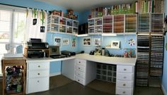 This would be my ULTIMATE Craftroom for sure.....maybe I can start getting serious about it?