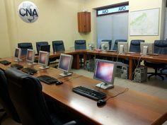 Aula Informatica CNA Montebelluna 11 PC: 1 Server e 10 Client