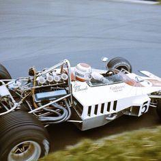 Guy Edwards, Lola T332 - European Formula 5000, Mallory Park 1974 - © LAT