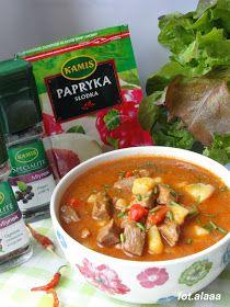 Ala piecze i gotuje: Zupa gulaszowa Polish Recipes, Thai Red Curry, Chili, Cooking Recipes, Beef, Ethnic Recipes, Impreza, Food Ideas, Cooking