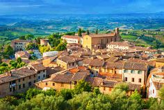 List of best small towns to visit in Italy : San Gimignano
