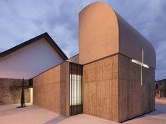 Roser Chapel   / Erithacus arquitectos + Guillermo Maluenda   ArchDaily